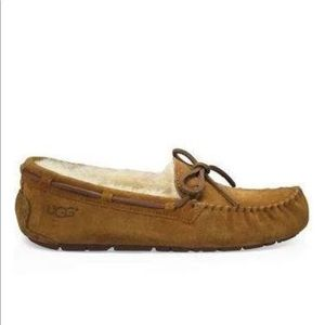 Ugg chestnut Dakota slippers